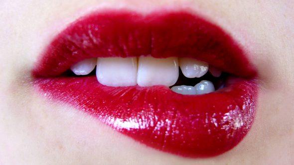 Ce lucruri observa prima data barbatii la femei?
