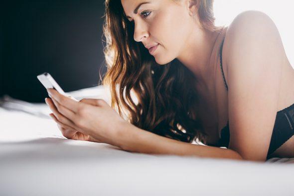 Cum gasesti femei sex online